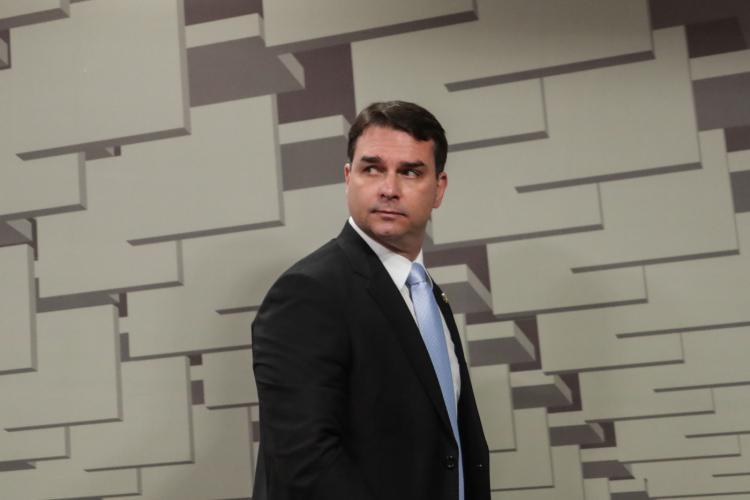 Constantino: Enquanto alguns se sacrificam pelo presidente, Flávio faz escárnio com o bolsonarismo