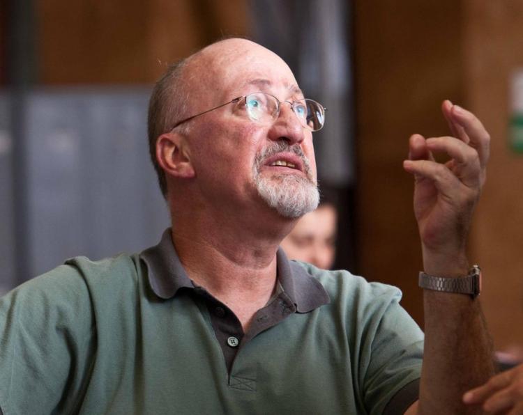 Diretor de teatro e ópera, Iacov Hilel morre aos 71 anos