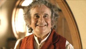 Ator Ian Holm, o Bilbo de 'O Senhor dos Anéis', morre aos 88 anos