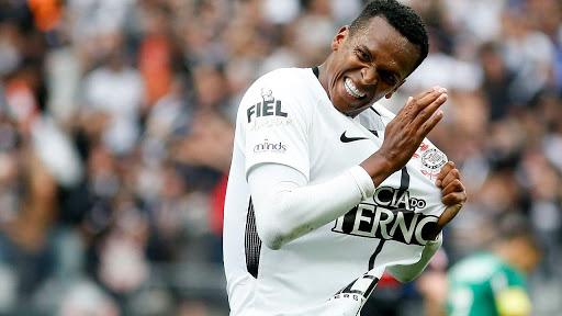 Corinthians pode acertar contratação de Jô nos próximos dias – Jovem Pan