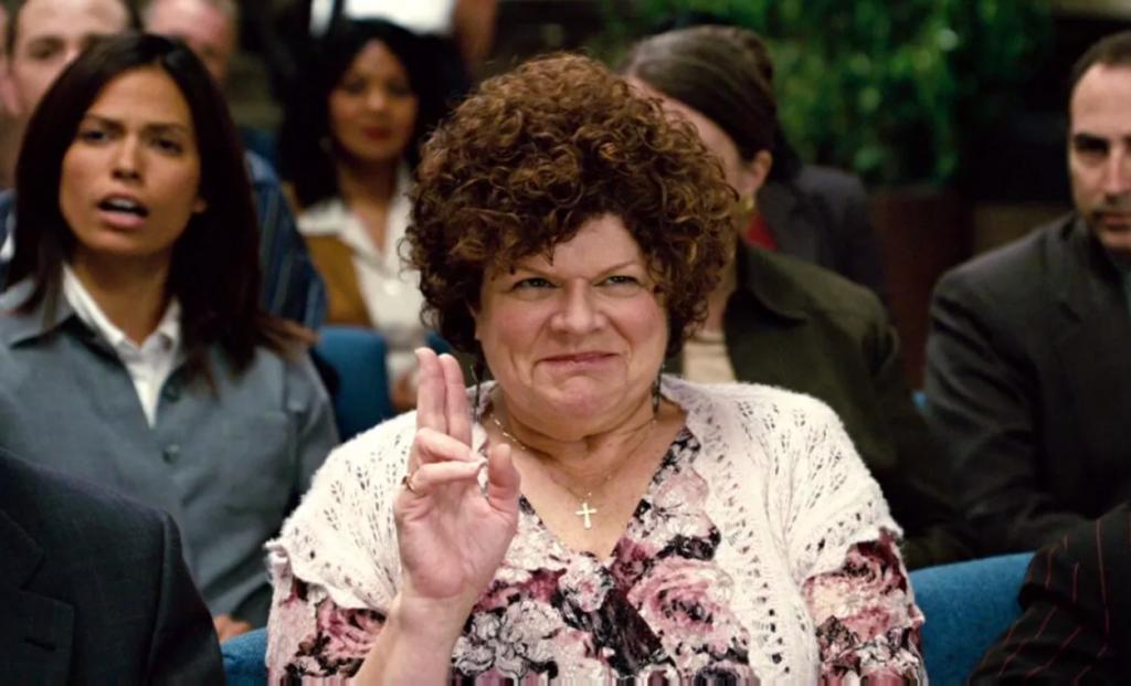 Atriz Mary Pat Gleason, da série 'Mom', morre aos 70 anos – Jovem Pan