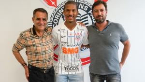 Justiça vê fraude em transferência de Matheus Davó para o Corinthians