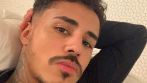 Dançarina Raielli Leon acusa MC Livinho de racismo; cantor responde