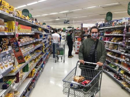 Puxada por alimentos, inflação sobe 0,64% em setembro, a maior alta para o mês desde 2003