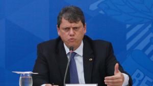 Ministro Tarcísio Gomes de Freitas é o entrevistado do 'Direto ao Ponto' desta segunda-feira
