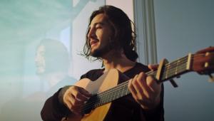 Tiago Iorc lança clipe intimista para 'Você Para Sempre Em Mim'; confira