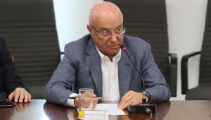 Dívida pública bruta pode chegar a 100% do PIB no pós-crise, diz Salim Mattar