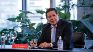 Mourão diz que reforma administrativa só depende de Bolsonaro; Maia promete apoio para aprovação