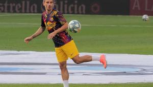 Griezmann sofre lesão na perna direita e fica fora do Barcelona por tempo indeterminado