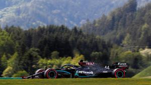 Hamilton brilha na chuva e conquista a pole do GP da Estíria