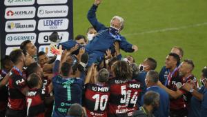 Técnico do Flamengo evita comentar possível transferência ao Benfica