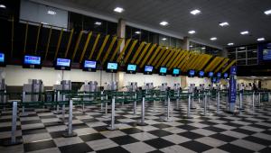 Anvisa abre consultoria pública sobre medidas contra Covid-19 em aeroportos e aviões