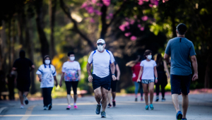 Ibirapuera tem grande movimentação no primeiro dia de reabertura