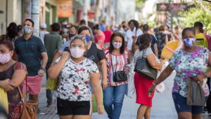 Brasil registra 1.214 novas mortes por Covid-19 e mais de 45 mil casos em 24 horas