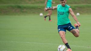 Arrascaeta prevê Flamengo diferente sem Gabigol e critica expulsão do camisa 9