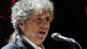 Com novo álbum, Bob Dylan chega ao topo das paradas da Billboard