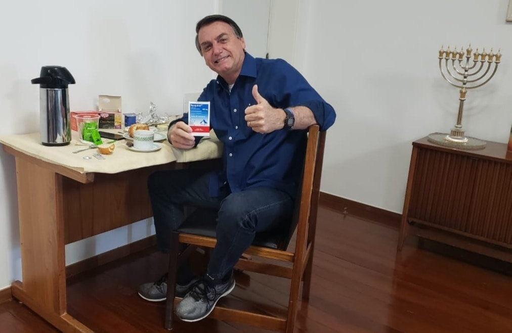 Bolsonaro diz que teste para Covid-19 deu negativo | Jovem Pan