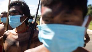 Barroso determina que governo deve adotar medidas para mortes de indígenas por Covid-19