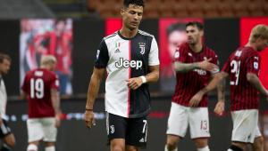 Milan bate Juventus por 4 a 2 com três gols em cinco minutos