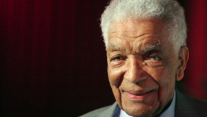 Ator de '007', Earl Cameron morre aos 102 anos