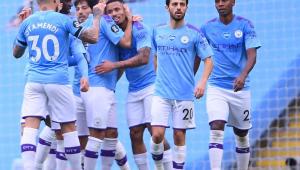 Gabriel Jesus dá caneta e faz lindo gol em jogo do City; assista