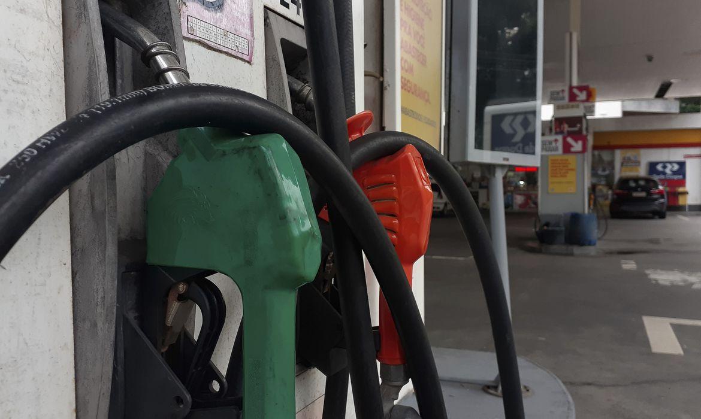 Aumento de 11% dos combustíveis puxou IPCA-15 no mês de março