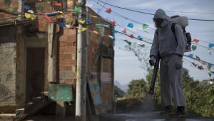 Brasil contabiliza mais de 72 mil mortes causadas pelo novo coronavírus