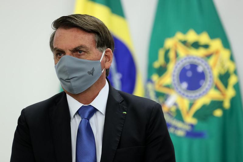 Bolsonaro sobre auxílio: 'Não dá pra continuar porque custa R$ 50 bi ao mês' – Jovem Pan