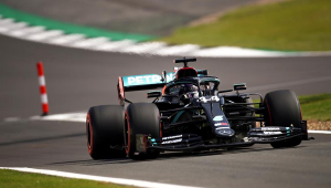 Entenda o que fez Hamilton 'sofrer' em treinos livres para GP da Inglaterra: 'Não me senti confortável'