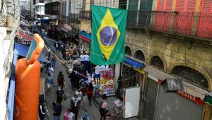 Brasil registra 363 mortes por Covid-19; menor número em 15 dias