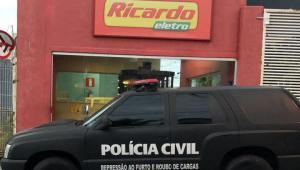 Fundador da Ricardo Eletro presta depoimento ao Ministério Público de Minas Gerais