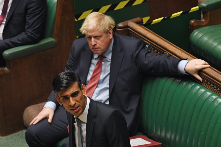 Rishi Sunak e Boris Johnson, Reino Unido