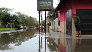 Defesa Civil mantém alerta para risco de inundações no RS