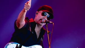 Tom Morello, do Rage Against The Machine, vai lançar autobiografia