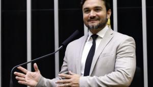 PSDB pede expulsão de deputado indicado pelo Centrão para ser aliado de Maia