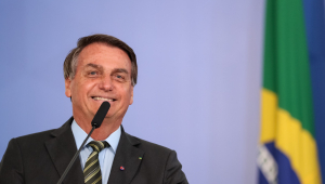Popularidade de Jair Bolsonaro chega a 40%, maior percentual desde o início do mandato