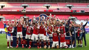 Aubameyang marca duas vezes, Arsenal bate o Chelsea e é campeão da Copa da Inglaterra