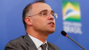 Ministro da Justiça, André Mendonça deixa hospital após seis dias internado