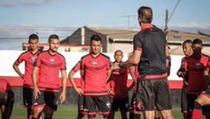 Atlético-GO terá quatro desfalques por covid-19 em partida contra o Flamengo