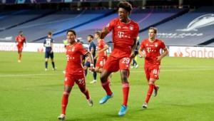 Coman celebra gol marcado na final entre Bayern e PSG
