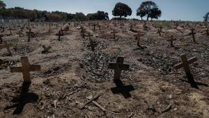 Com 549 novas mortes, Brasil se aproxima dos 158 mil óbitos por Covid-19