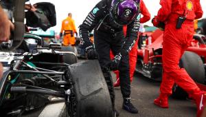 'Meu coração quase parou', diz Hamilton sobre pneu estourado na última volta do GP da Inglaterra