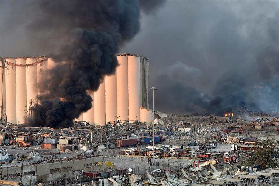 Forte explosão atingiu Beirute, no Líbano, nesta terça