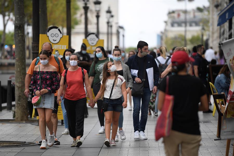franca coronavirus paris Curfew advances through Brazil and more cities impose traffic restrictions