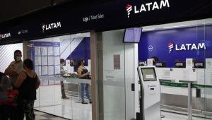 Sem acordo sobre corte salarial, Latam vai demitir pelo menos 2,7 mil aeronautas