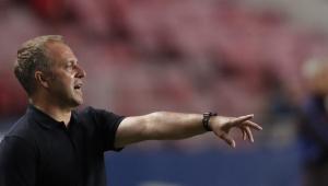 Lá vem eles de novo: Hans Flick, treinador do Bayern, era auxiliar técnico no 7 a 1