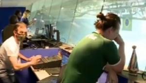 Vídeo mostra locutor do Allianz Parque aos prantos após título do Palmeiras; assista