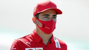 Criticado por não se ajoelhar, Leclerc desabafa e nega ser racista: 'É nojento'