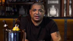 Vampeta relembra polêmica briga com ex-goleiro do Corinthians: 'Teve fato de mulheres mesmo'