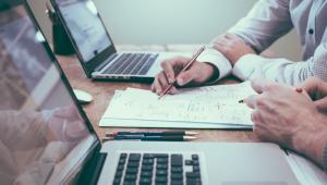 Home office cai para 9% em novembro, mas deve continuar em 2021